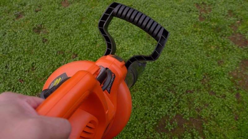 Black & Decker BV5600 is Light and Handy